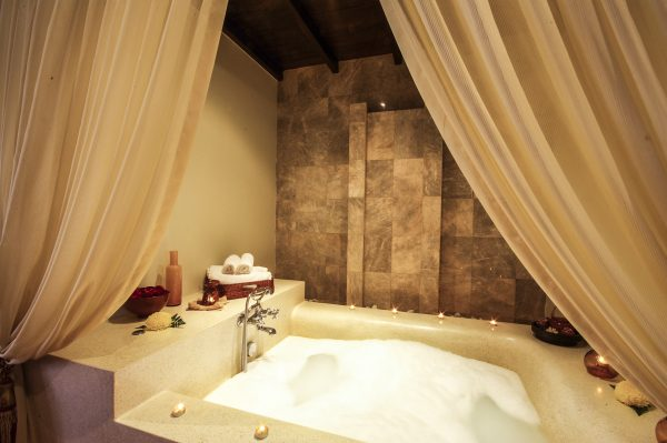 7 tips para tener un baño relajante
