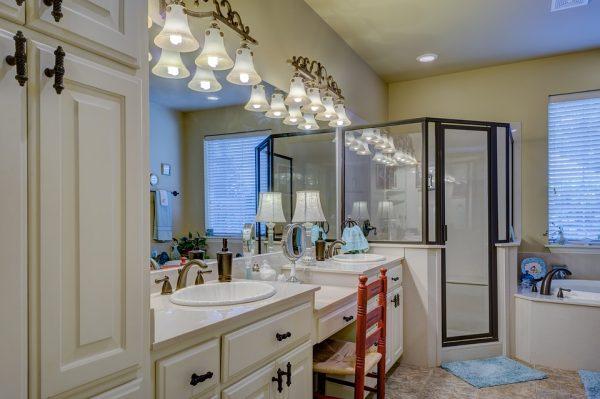 10 errores a evitar en la decoración de tu baño