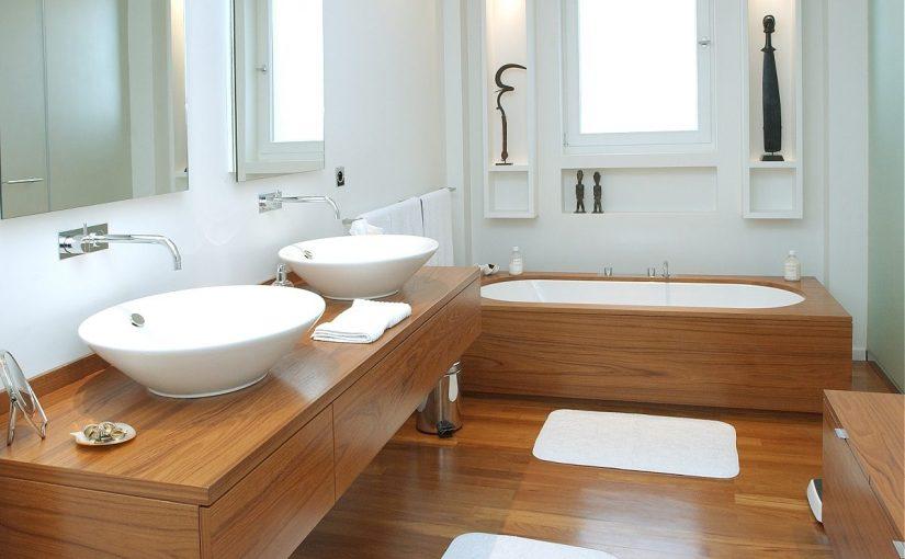 La calidez de la madera en tu baño